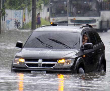 sinais de problemas nos carros usados